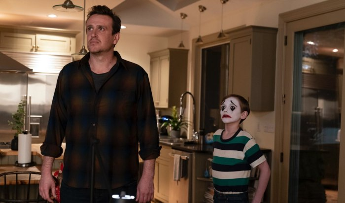 dispatches-from-elsewhere-season-1-finale-jason-segel-peter-1200x707